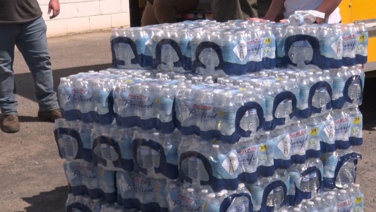 Organizations bring water to Minden for Mutual Aid Monday
